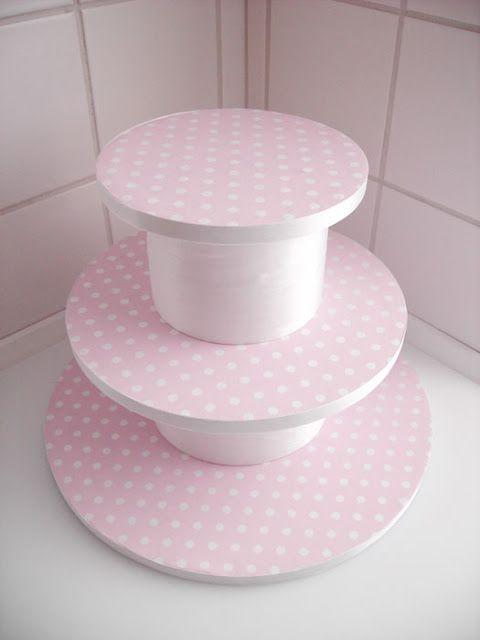 Faça Voçe Mesma - Dicas e Passo a Passo: Suporte para Cupcakes ou Docinhos feito com Isopor!