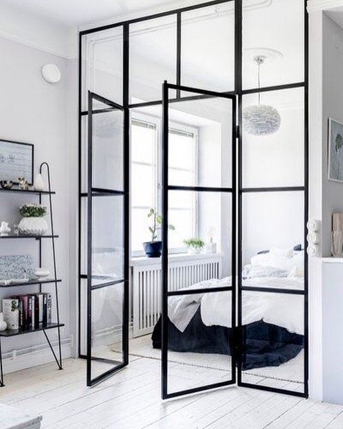 1,274 mentions J'aime, 7 commentaires - @interior_delux sur Instagram : « Still in love with the blackframed doors/windows  #bedroom #blackframe #soverom #interior_delux »