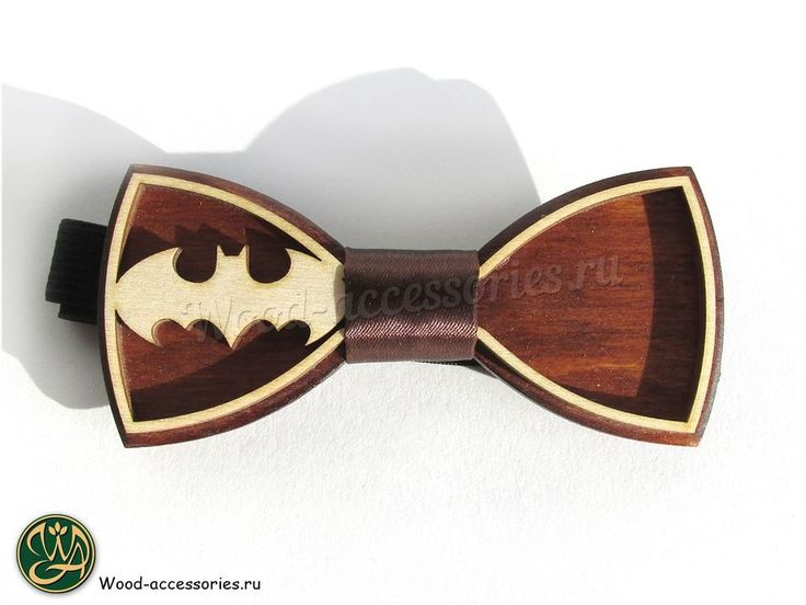 """For a long time Batman was Kevin Conroy - he did not quite play it, but voiced animated Batman for 12 years. Kevin Conroy became """"Batman's voice"""" in three television series, five video games and seven full-length animated films. A bow tie with a legendary symbol you can find on WoodenAccessoriesRU.etsy.com✨ Максимально долго Бэтменом был Кевин Конрой - он не совсем его играл, а озвучивал анимированного Бэтмена в течение 12 лет. Кевин Конрой стал """"голосом Бэтмена"""" в трех телесериалах, пяти…"""