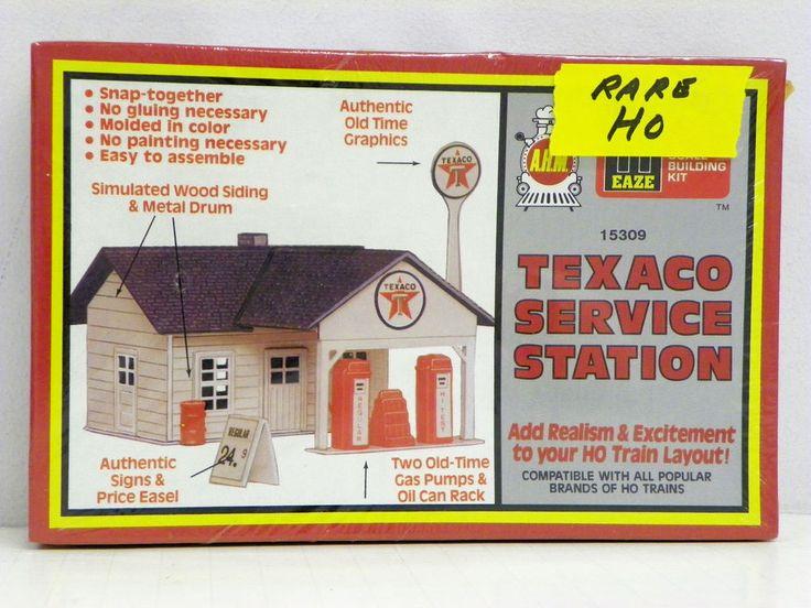 "A.H.M. HO U/A ""TEXACO SERVICE STATICE"" PLASTIC MODEL KIT #15309 #AHMHOSCALEPLASTICKIT"