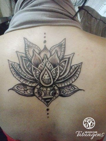mandela lotus tattoo   Tattoo nas costas - Foto #5428 - Mundo das Tatuagens