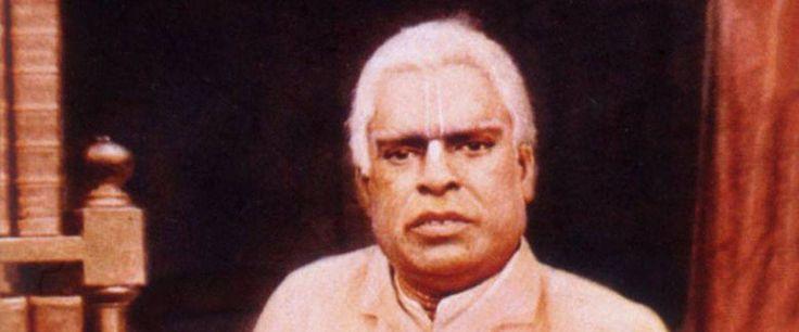 ri Sacidananda Bhaktivinoda Thakura apareceu no ano de 1838, em uma família abastarda do distrito de Nadia, Bengala Ocidental. Ele revelou ser um associado eterno de Sri Caitanya Mahaprabhu através...