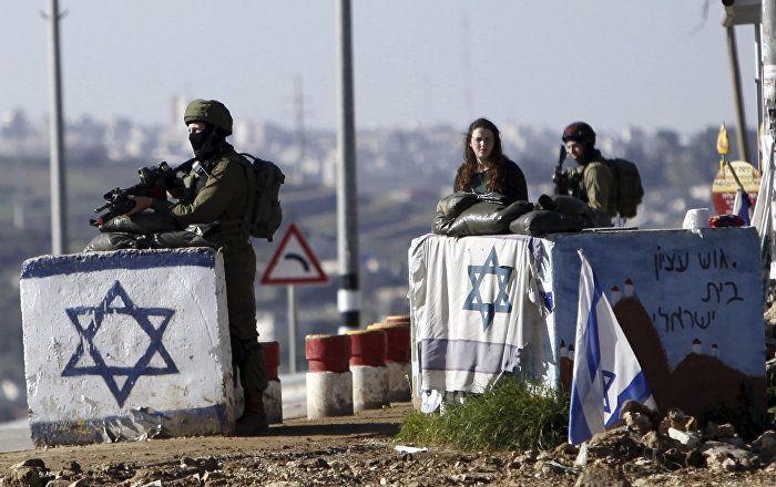 """No fim de abril, o jornal Washington Post informou que Israel, Egito e o grupo militante da Palestina Hamas poderiam criar uma """"aliança improvável"""" contra atividade crescente do Daesh na península do Sinai."""