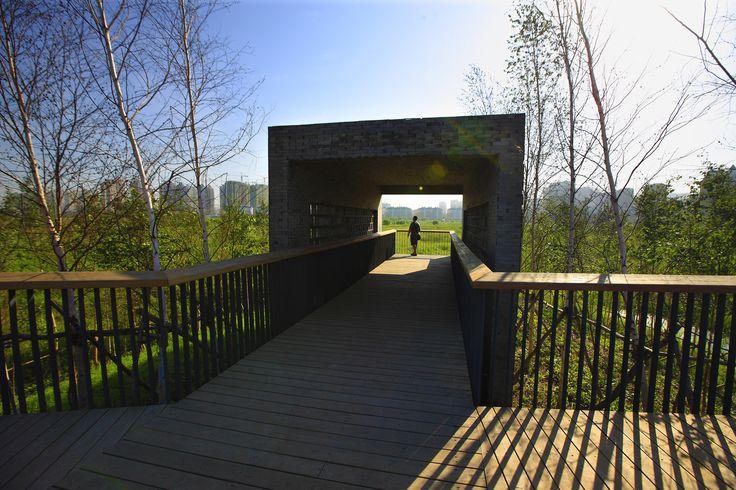 Gallery of Qunli Stormwater Wetland Park / Turenscape - 15