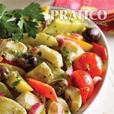 Envie d'ensoleiller votre assiette? Cette salade gorgée de légumes frais tiendra à coup sûr ses promesses. Cœurs de palmiers, fonds d'artichauts, poivrons, concombre, tomates et olives mènent une danse endiablée qui titille les papilles à vue d'œil.