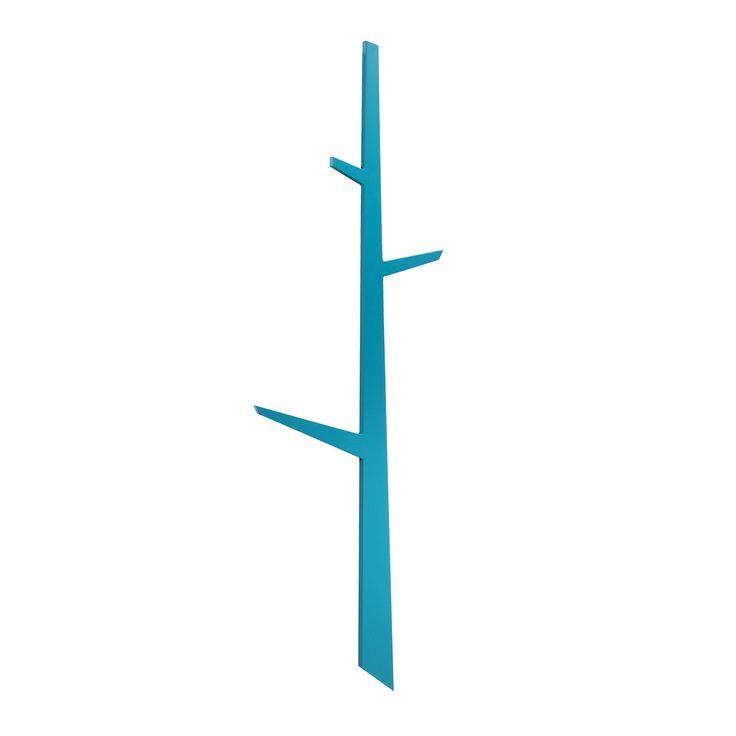 Appendiabiti o anche solo decoro dalla forma ironica che richiama quella di un albero. Disponibile in tre colori nella versione in legno laccato e nella nuova versione in rovere naturale