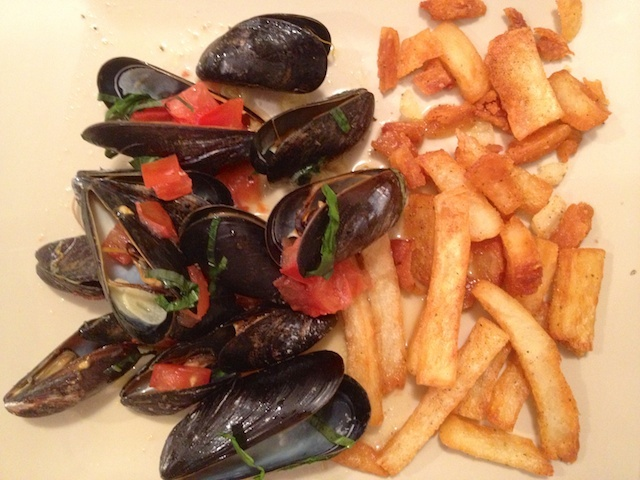 Mussels with Saffron, Basil and Tomatoes | Dinner is Served: Main Cou ...