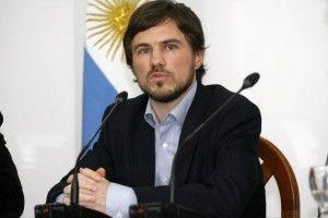 ARGENTINA ESTRENA LEY DE ABASTECIMIENTO CON SANCIÓN A PEUGEOT Augusto Costa, de 38 años, es secretario de Comercio Interior desde noviembre de 2013. (La Provincia BsAs)