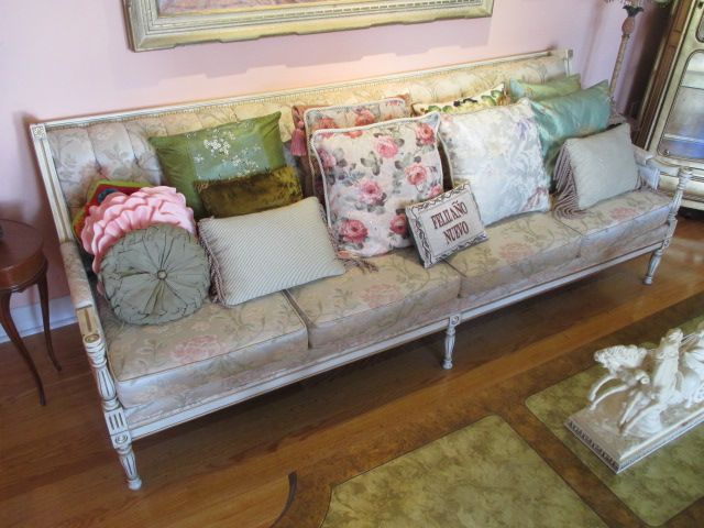 Exciting estate sale from Ottawa South home – 2557 Yarmouth Crescent, Ottawa ON. Sale will take place Saturday, Jun 27th 2015, from 8am to 2pm. Visit www.sellmystuffcanada.com to view thousands of eclectic estate sale item photos! #2557Yarmouth #EstateSale #SellMyStuffOttawa