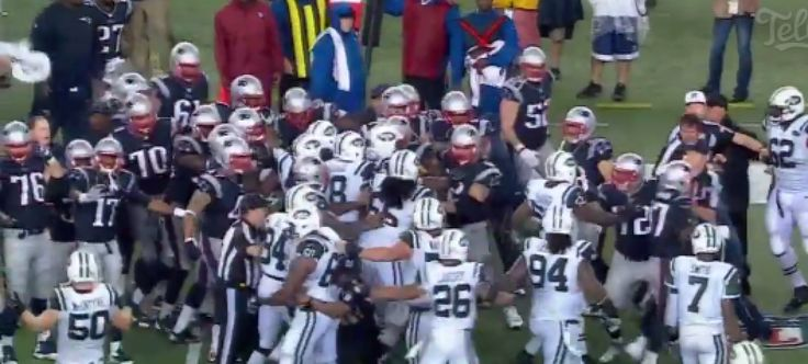 Fight breaks out at end of Jets game