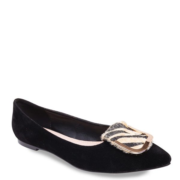 Black velour loafer with gold metallic decoration and animal print ponyskin, block heel and pointy toe.