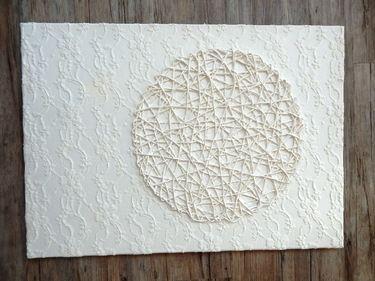 Acrylbild weiß, Struktur 1, mit Kreis, Shabby Chic