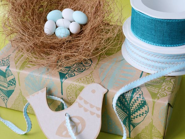Cute bird gift tag is perfect for Spring gifts