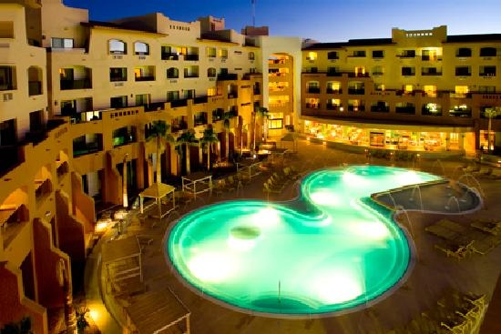 41 Best Pools Of The World Images On Pinterest Pools Swimming Pools And Water Feature