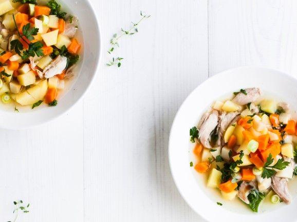 Kanakeitto / Chicken soup / Kotiliesi.fi / Kuva/Photo: Riikka Hurri/Otavamedia