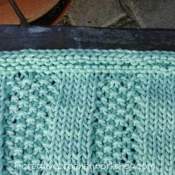 This Striped Moss stitch knitted dishcloth gives a textured surface. Quick and easy to learn and work up. Perfect for garments or home decor.