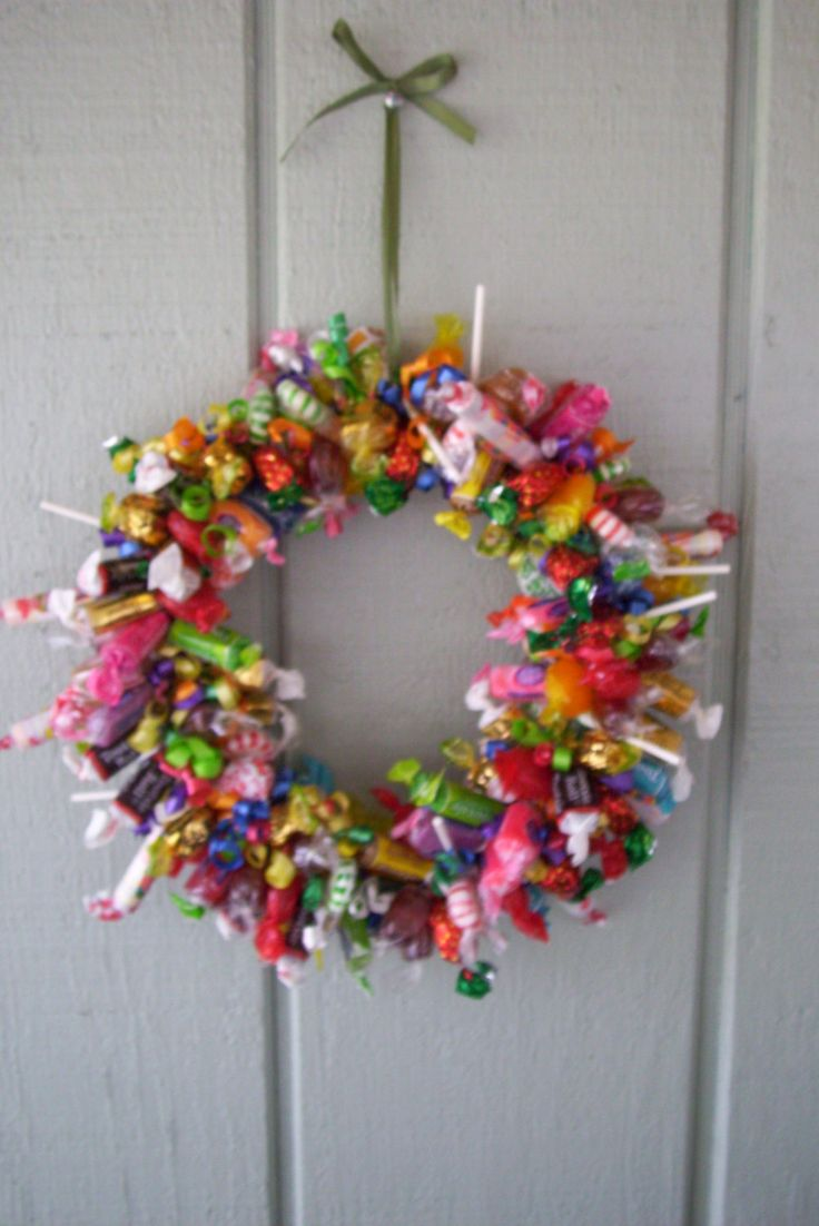 candy wreath holiday candy wreath gift by babybundlesandmore 2400 - Halloween Candy Wreath