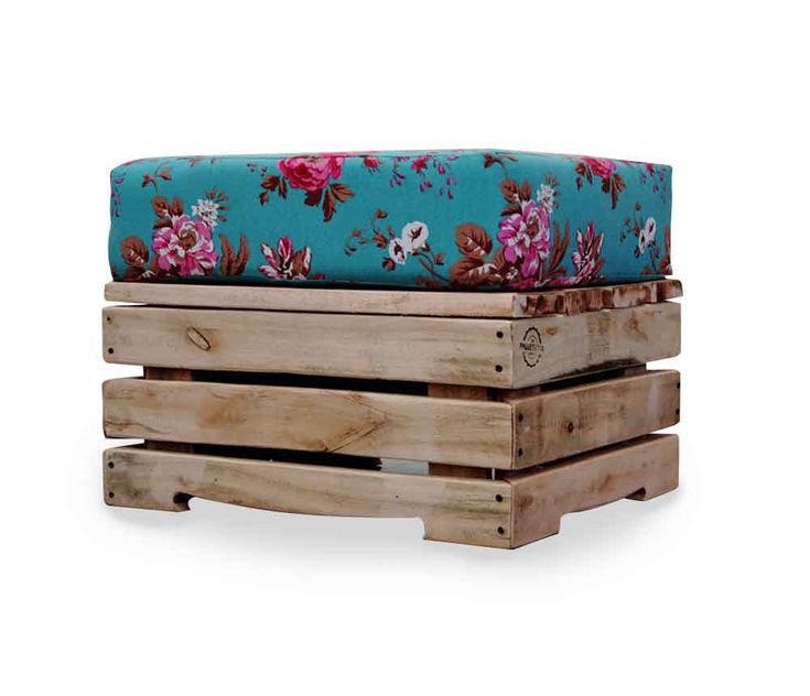 diy idea - pallet bench or footstool with cushion