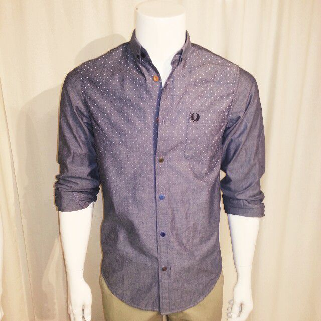 #Degraded pin dot printed Fred Perry shirt#multiple colour buttons# #hybridshopping #bergen
