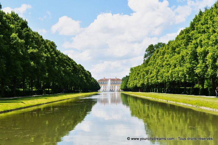 Canal et château de Schleissheim près de Munich en Bavière - Schloß und Garten in Oberschleissheim in Bayern - https://www.yourcitydreams.com/voyage-a-munich/chateau-schleissheim/