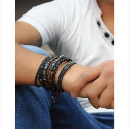Super trendy men's bracelets from Wakami