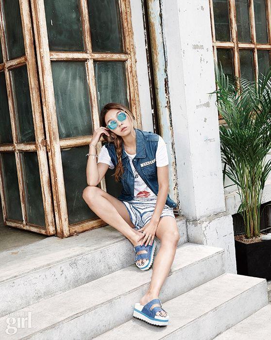 모델 송해나와 비지트인 뉴욕이 함께 한 패션 모먼트 - Voguegirl.co.kr