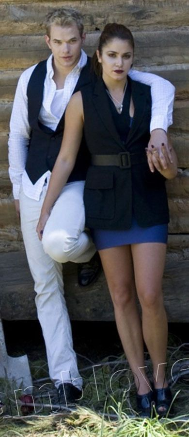Kellan Lutz & Nikki Reed / Emmett Cullen & Rosalie Cullen