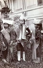 Resultado de imagen de minangkabau old pictures