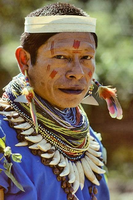 Colombia: Cofan Indian
