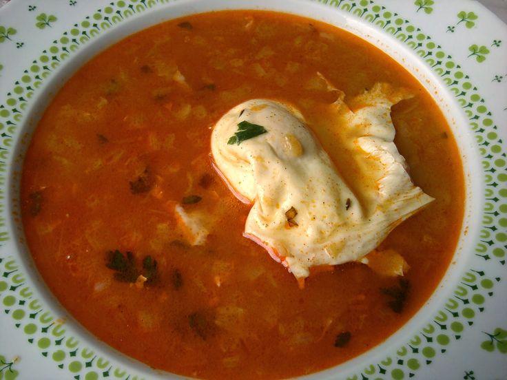 Paprikás krumpli: Rántott leves buggyantott tojással