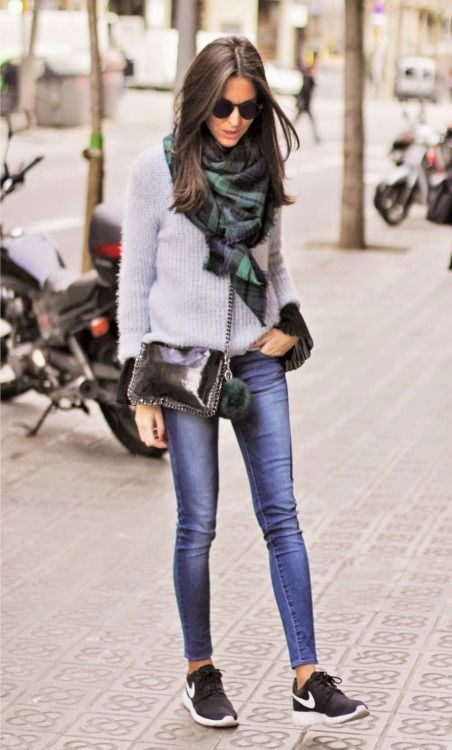 justthedesign:Street Style:Sandra Buisan is wearing a blue and green oversized scarffrom 080 Chic  http://afashionlines.tumblr.com/