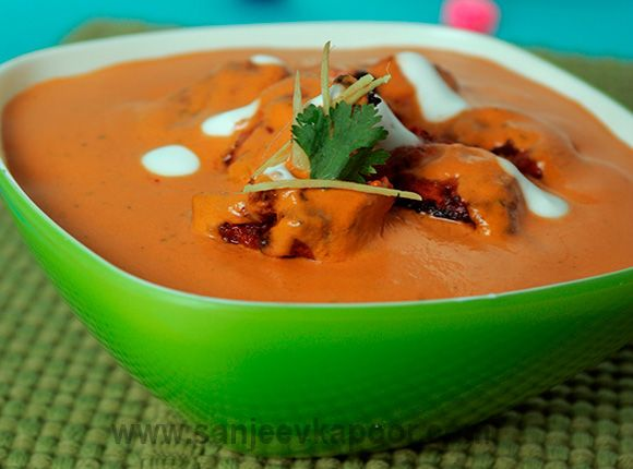 How to make Butter Chicken - Strips of boneless chicken grilled and tossed in a creamy tomato onion gravy base made with plenty of butter.