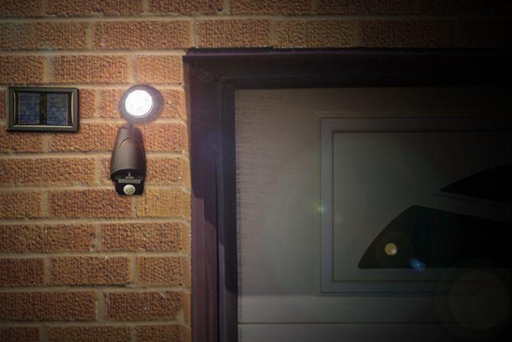 Solar Security Light & Motion Sensor