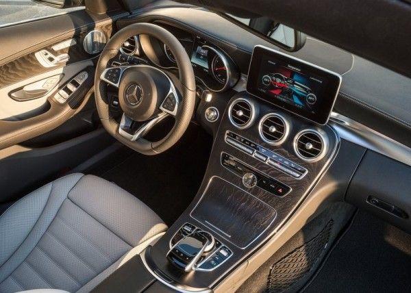2015 Mercedes Benz C Class Estate Temperature Control 600x428 2015 Mercedes   Benz C   Class Estate Review Details