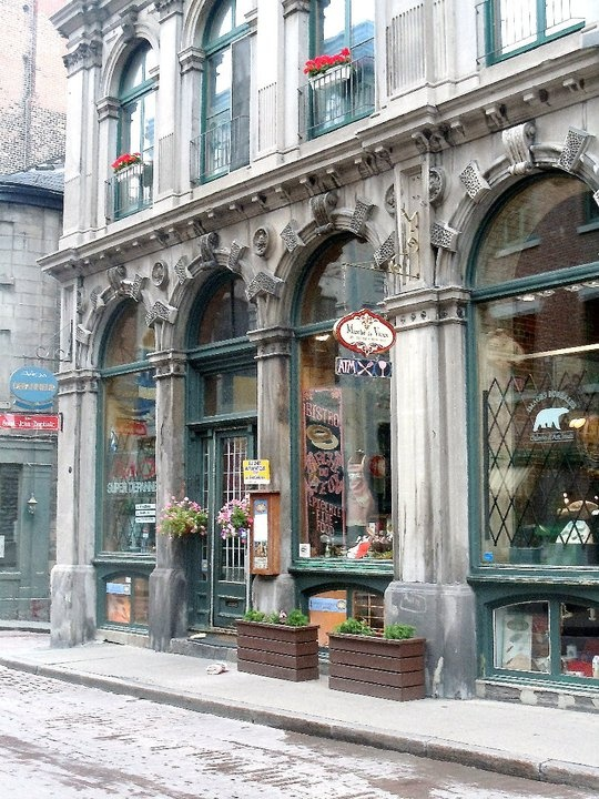 Les jolies boutiques du Vieux Montreal ~ one of the oldest shopping districts in North America!