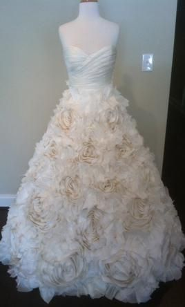 New With Tags Monique Lhuillier Wedding Dress Sunday Rose, Size 8