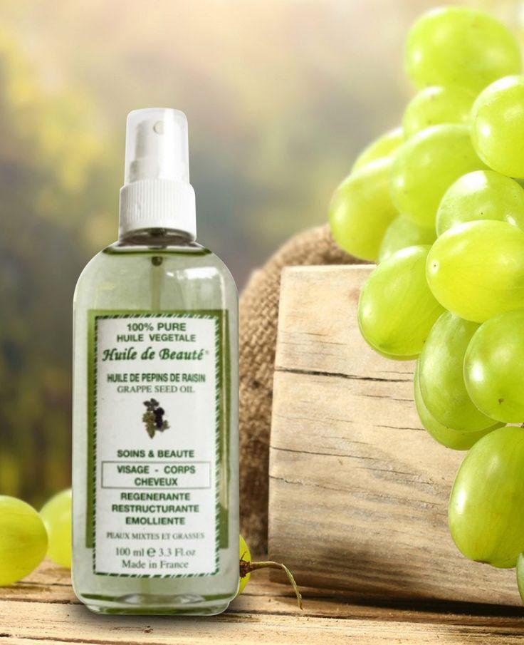 Ulei din sâmburi de struguri Vegetal, 100% pur Acest ulei stă la baza multor tratamente anti-îmbătrânire. Magneziul din compoziţia lui luptă împotriva radicalilor liberi, care accelerează procesul de îmbătrânire. Conţine procianidine, care este un puternic agent anti-îmbătrânire, fiind de 50 de ori mai puternic decât vitamina E şi de 20 de ori mai puternic decât vitamina C. Este potrivit pentru toate tipurile de piele. Nu conţine parabeni.   Cantitate : 100 ml.