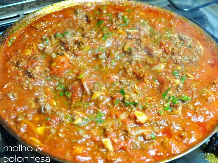 Molho prático à bolonhesa, molho de tomate, com carne moida, preparo rapido