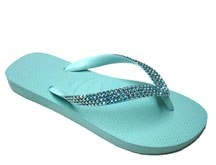 "Yes, I want these ""Tiffany Blue"" flip flops :))"