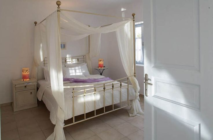 #MarilliaVillage #studios #Santorini #Cyclades #Greece #Book online your room and take #advantage of our #offer, up to 40%, and plan your #vacation !