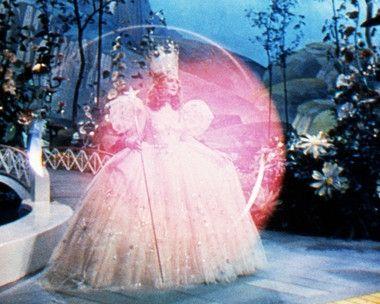 *GLINDA ~ The Wizard of OZ, 1939
