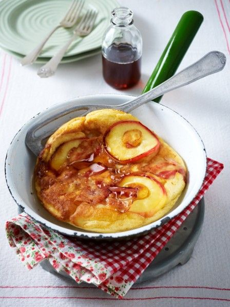 Wie mögen Sie Ihren Pfannkuchen am liebsten? Mit süßen Äpfeln oder herzhaften Champignons? 13 einfache Pfannkuchen Rezepte, die allen schmecken.