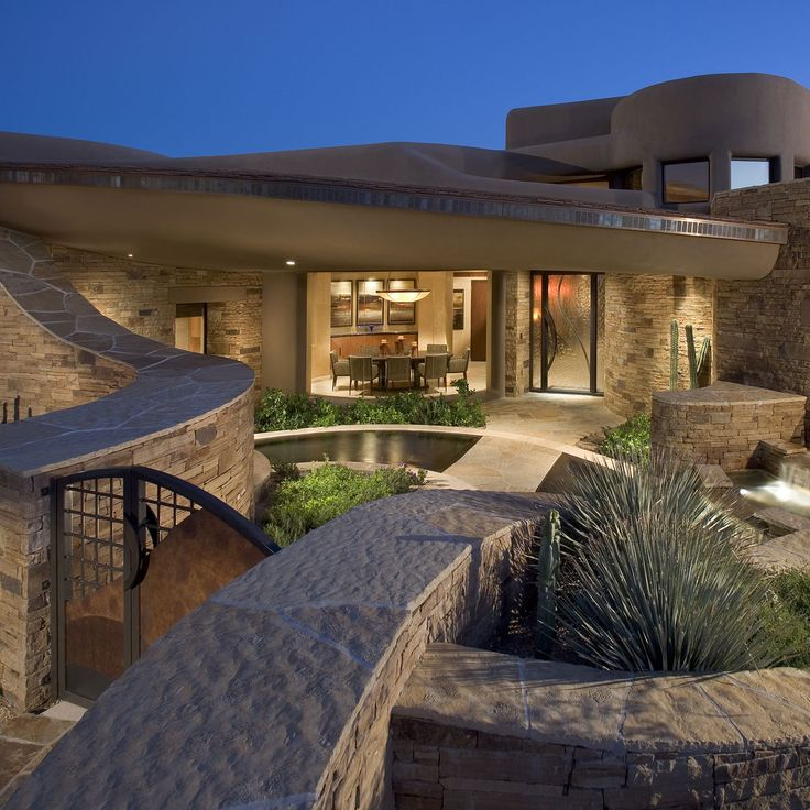 The integration of southwestern warmth with clean contemporary design is perfected by UDA to create uniquely comfortable spaces. Southwest Contemporary architecture requires great consideration of the site, melding modern, international notions of architecture with the distinctively harsh, yet beautiful characteristics… See more ›