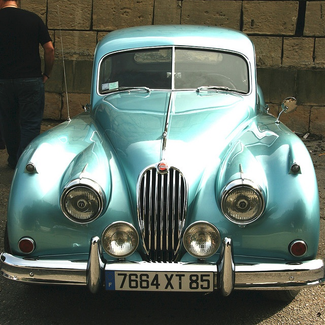 102 best aqua dream vintage cars images on pinterest old school cars vintage cars and antique. Black Bedroom Furniture Sets. Home Design Ideas
