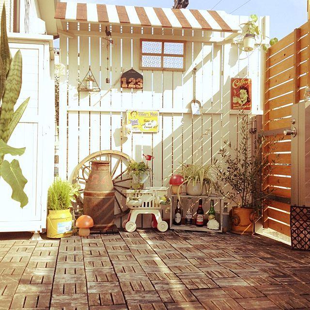 玄関 入り口 ウッドパネル ミルク缶 ガーデン雑貨 お庭 などの