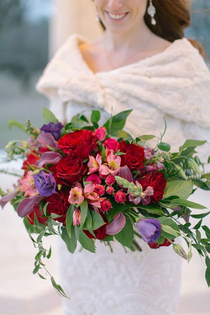 26 Wedding Bouquets for Winter Brides & Their Maids ~ Oak & Amble's red, pink and purple winter bouquet