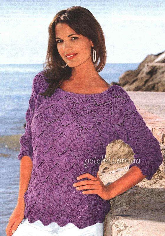 Пуловер с волнистым узором спицами. Описание, схемы вязания