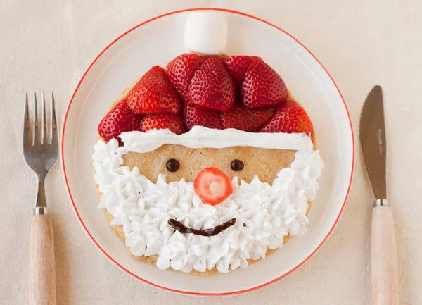 Santa Pancake - Christmas Morning Breakfast Ideas That Your Kids Will Love - Photos