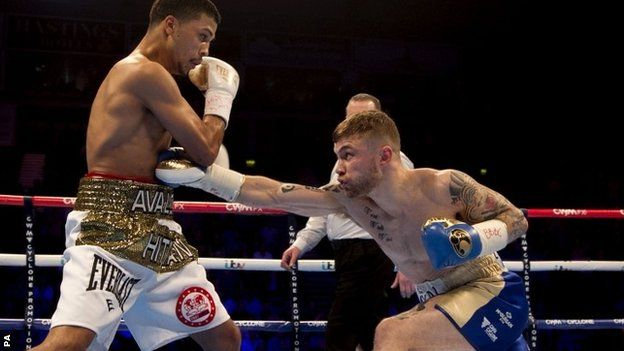 Frampton beats Avalos in round five