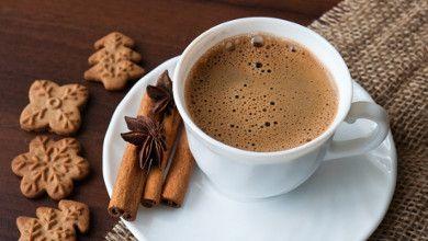 Vamos tomar um café? Aqui damos um toque diferente a esta bebida #Café_com_Aroma_de_Canela #receitas #bebidas #café #canela